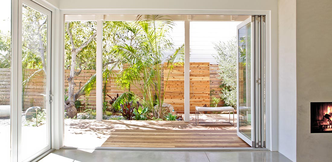 LaCantina Folding Door Systems - Clevernest